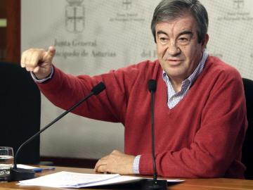Cascos durante una rueda de prensa en Oviedo