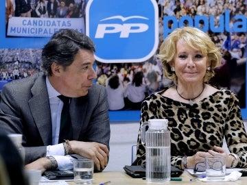 Ignacio González dialoga con Esperanza Aguirre