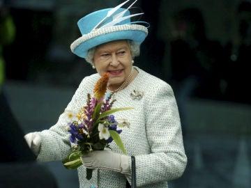 La reina Isabel II respeta el resultado de Escocia