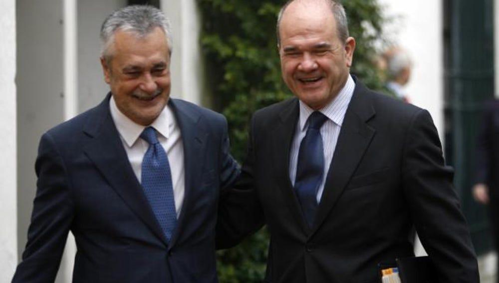 José Antonio Griñán y Manuel Chaves tras una reunión.