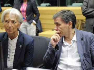 Christine Lagarde, y el ministro de Finanzas griego, Euclid Tsakalotos