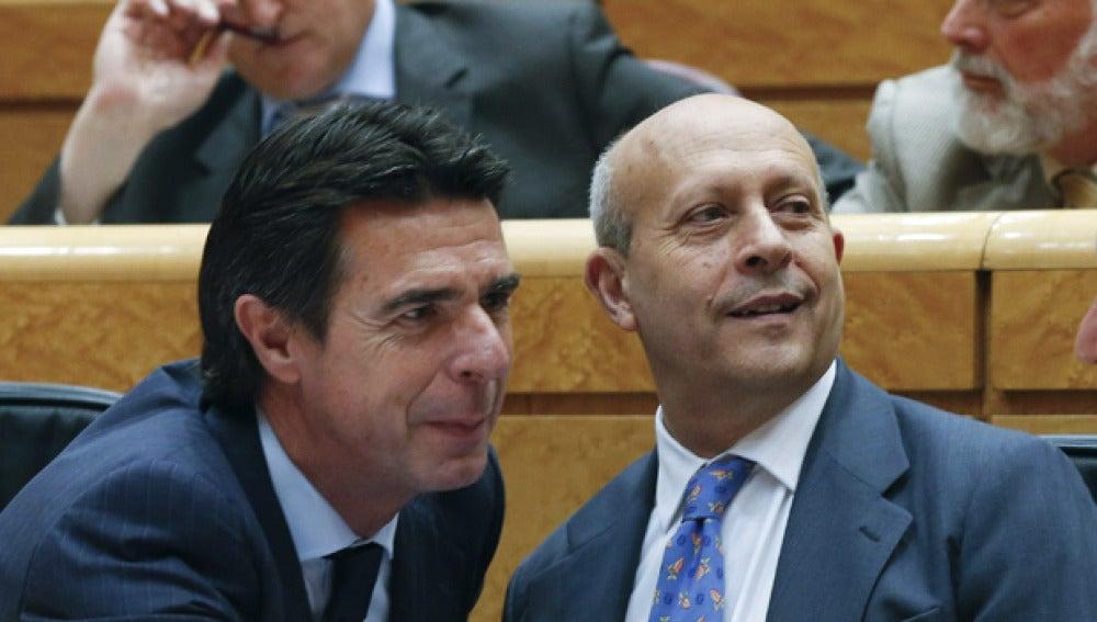 José Manuel Soria y José Ignacio Wert en el Senado