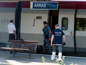 Imagen del tren Thalys Amsterdam-París en la estación de Arras