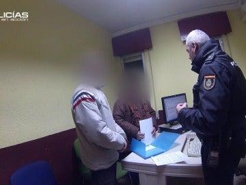 Unos padres renuncian a la tutela de sus hijos en comisaría