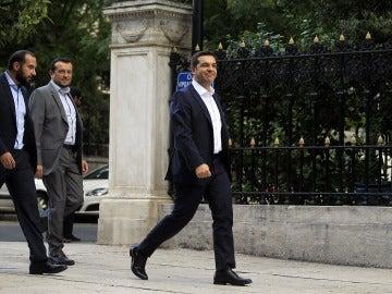 Alexis Tsipras jura su cargo como primer ministro griego por segunda vez en un año
