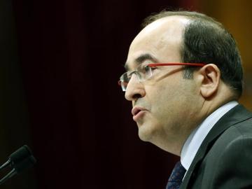 El lider del PSC, Miquel Iceta, durante su intervención ante el pleno del Parlament