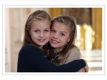 Leonor y Sofía en la felicitación navideña de la Casa Real