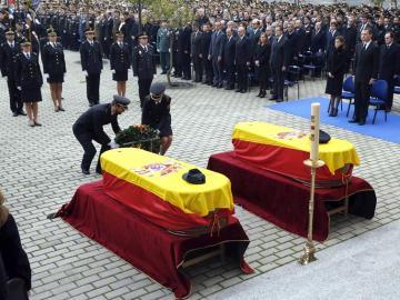 Funeral de Estado por los policías fallecidos en el atentado talibán