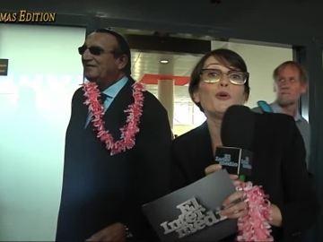"""Thais Villas celebra la apertura del aeropuerto en Castellón con la tuna: """"Como Fabra no puede venir, le pongo el collar de 'Welcome'"""""""