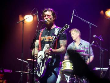 El cantante del grupo 'Eagles of Death Metal'