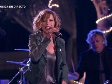 Sole Giménez versiona la canción 'Loco por verte' de Manolo Tena en A mi manera
