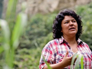 Berta Cáceres, dirigente indígena