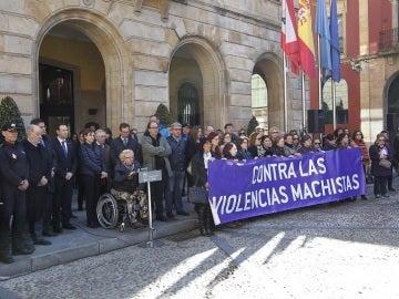 Concentración contra la violencia machista en Gijón