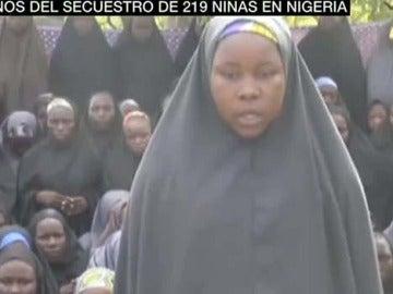 219 niñas fueron raptadas por Boko Haram en su escuela