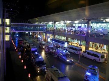 El aeropuerto de Estambul, tras el atentado