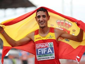 Ilias Fifa celebra el oro en el 5.000