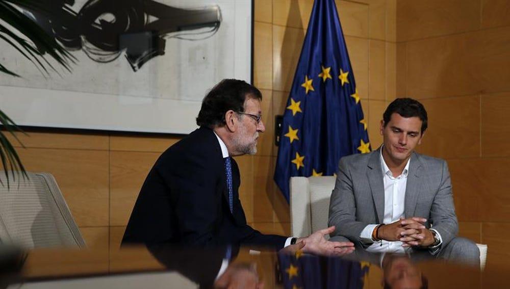 Rajoy y Albert Rivera, reunidos en el Congreso de los Diputados