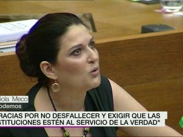 Frame 30.088606 de: Lágrimas y emoción en el pleno de las Cortes Valencianas al recordar el accidente del metro de Valencia