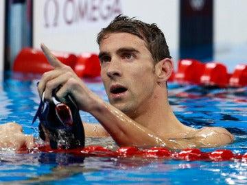 Michael Phelps celebra su oro en Río 2016