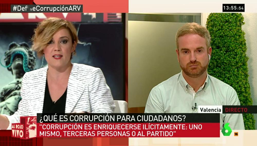 """Frame 17.052445 de: Óscar Clavell confirma que si fuera un problema para el pacto entre el PP y C's """"por supuesto que dimitiría"""""""