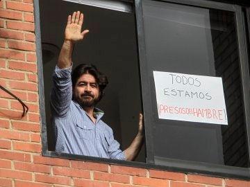 Daniel Ceballos durante su arresto domiciliario