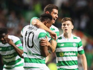 El Celtic arrolla a los Rangers en el derbi escocés