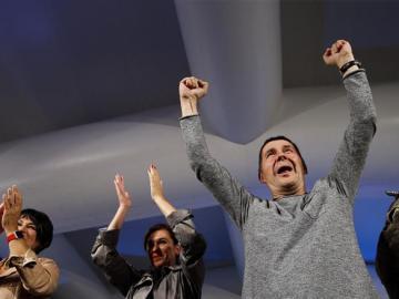 Otegi celebra con euforia el resultado de EH Bildu el 25S