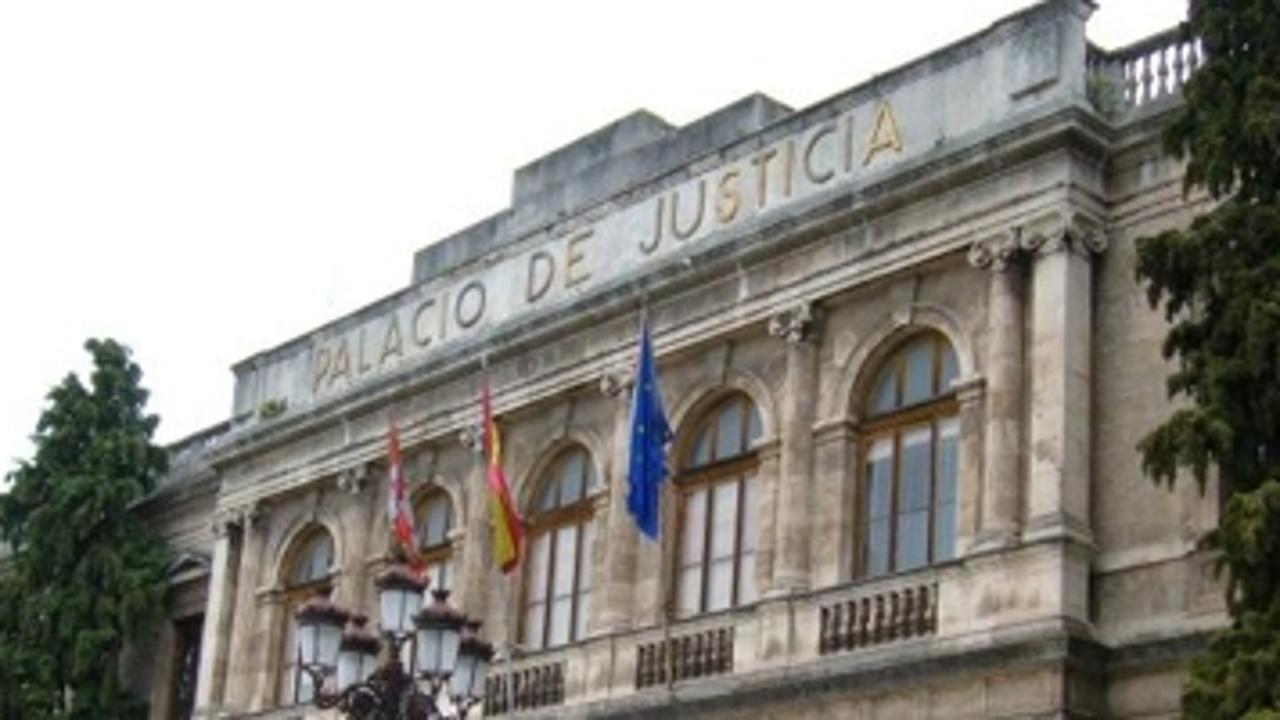 Fachada del Tribunal Superior de Justicia de Castilla y León