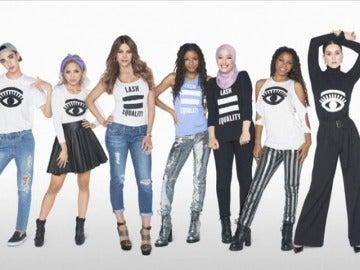 Frame 0.0 de: Una marca de maquillaje incluye por primera vez a una mujer con hiyab en una campaña