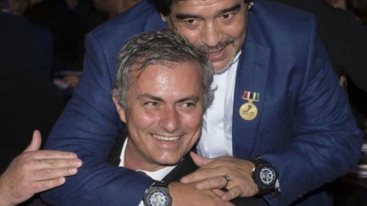 Mourinho, con Maradona