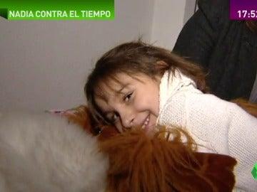 Frame 98.786761 de: Miles de donaciones dan una nueva oportunidad a Nadia, una niña de 11 años con las células de una mujer de 80