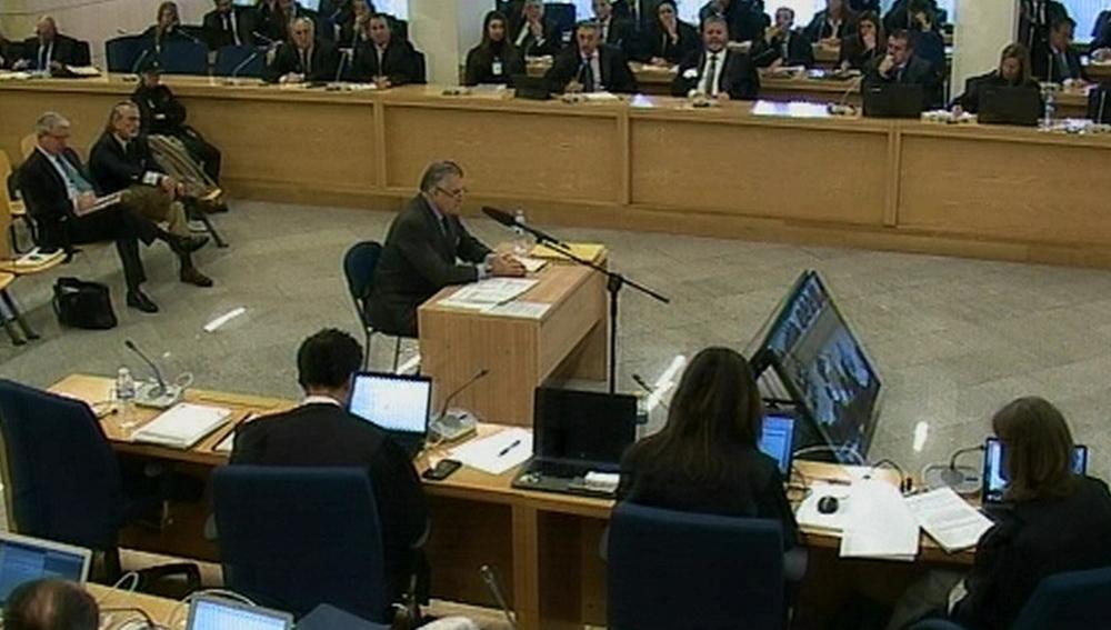 Luis Bárcenas declarando durante el juicio de Gürtel