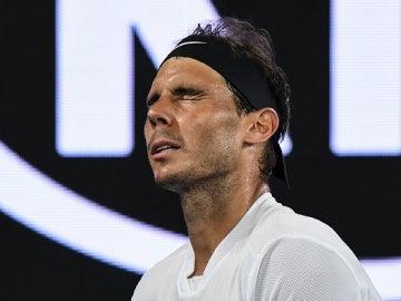 Nadal lamenta una acción durante el Open de Australia