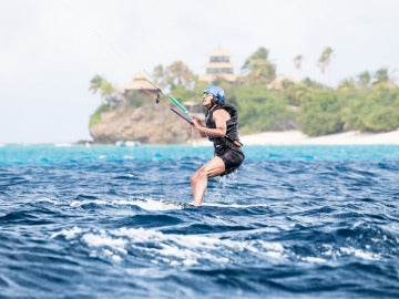 Obama haciendo kitesurf en las Islas Vírgenes