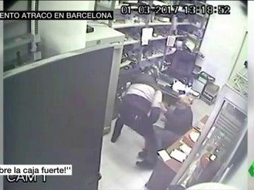 Frame 18.456666 de: ATRACO BARCELONA