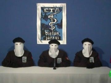 Frame 25.430204 de: El Gobierno empieza a plantearse, según El Mundo, el acercamiento de los presos de ETA