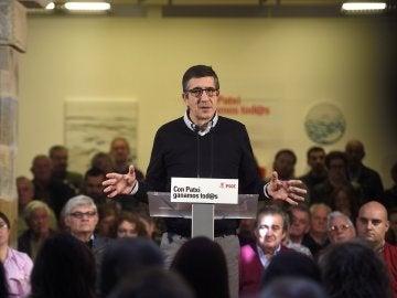El candidato a la Secretaría General del PSOE, Patxi López