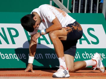Novak Djokovic claudica ante Goffin