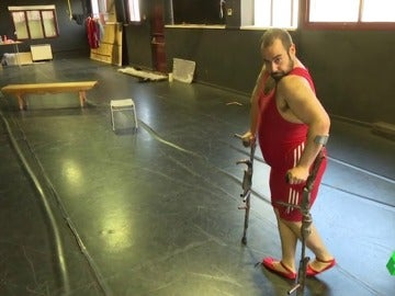 Alberto Velasco, un bailarín español de 120 kilos