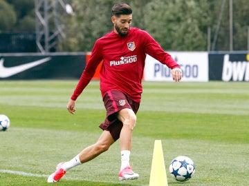 Carrasco se entrena con el Atlético de Madrid