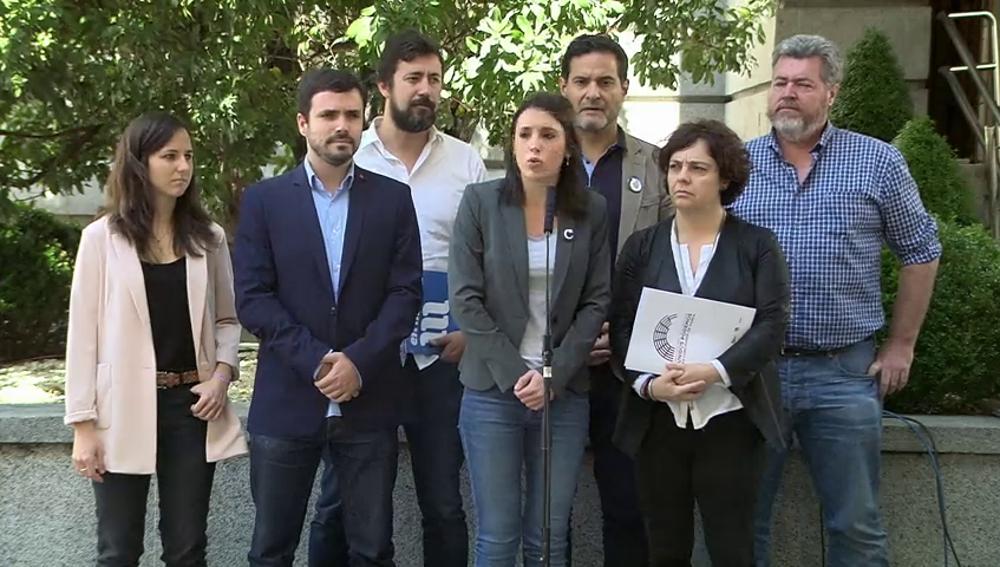 Frame 1.144945 de: Unidos Podemos registra este viernes la moción de censura contra Rajoy, con Iglesias de candidato