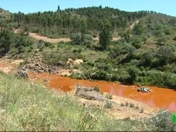Imagen de la mina de la Zarza al río Odiel