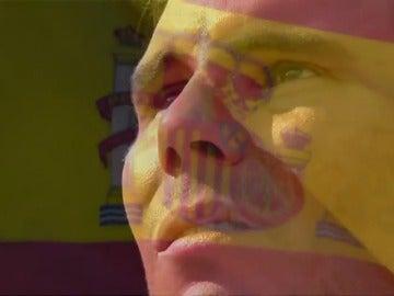 Frame 117.403397 de: VÍDEO: Rafa Nadal, entre lágrimas cuando ha sonado el himno de España