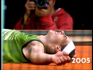 Frame 7.62798 de: El vídeo que emocionó a Rafa Nadal: Roland Garros le homenajea recordando sus 10 'match-points'