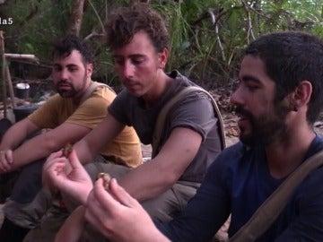 Juanma, Cuco e Iker en La Isla