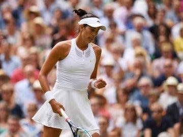Muguruza celebra un punto ante Rybarikova