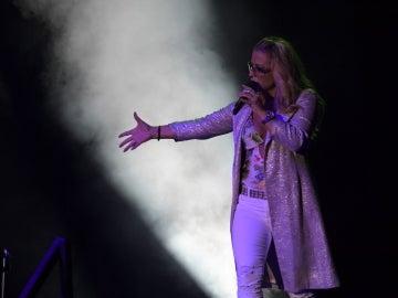 Actuación de Anastacia en el Starlite