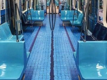 Piscina de decoración en el metro de Taipéi