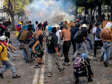 Manifestantes durante una protesta en Venezuela