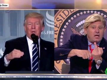 Paco Trump imitando a Donald Trump